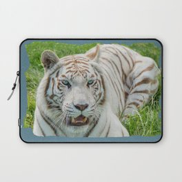 THE BEAUTY OF WHITE TIGERS Laptop Sleeve