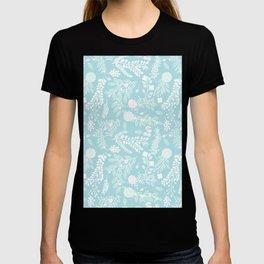 Floral Bliss Pastels on Aquamarine Décor T-shirt