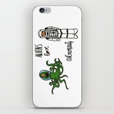 Aliens love astronauts iPhone & iPod Skin
