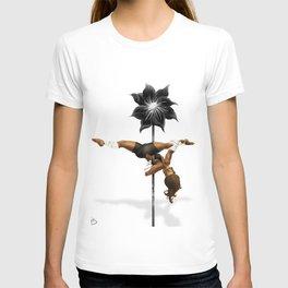 Pennys Shuriken Pole Dance T-shirt