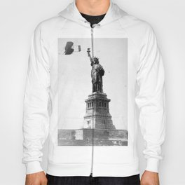 1909 Wilbur Wright, of Wright brothers fame, flies a Wright Type A plane by the Statue of Liberty black and white photograph Hoody