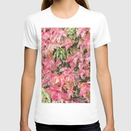 Red climbing ivy leaves T-shirt