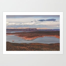 Cutting Through Lake Powell Art Print