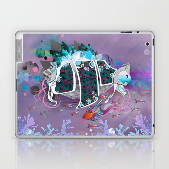 Old Elsie and the Storm Laptop & iPad Skin