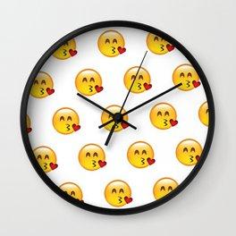 kissy; Wall Clock