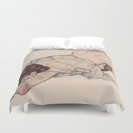 KNEELING GIRL, RESTING ON BOTH ELBOWS - EGON SCHIELE Duvet Cover