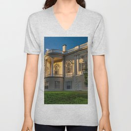 USA museums Danvers Houses Cities Design Museum Building Unisex V-Neck