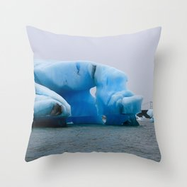 jökulhlaup Throw Pillow
