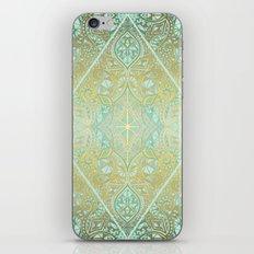 Mint & Gold Effect Diamond Doodle Pattern iPhone Skin