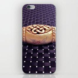 lu dong hui iPhone Skin