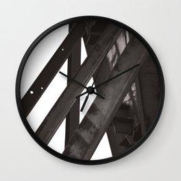 Fixed contrast Wall Clock