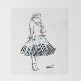 midi skirts Throw Blanket
