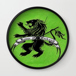Amazon Etruria's green flag Wall Clock