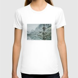 Lonely tree near lake in Austria T-shirt