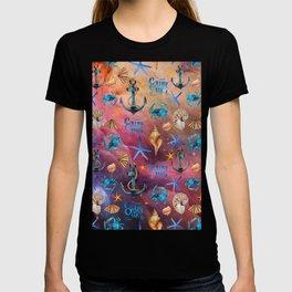 Seashells And Anchors Pattern, Sea Waves Artwork T-shirt