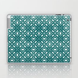 Emerald & White Seamless Pattern Laptop & iPad Skin