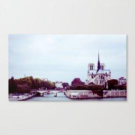 NOTRE DAME DE PARIS SUR LA SEINE. Canvas Print