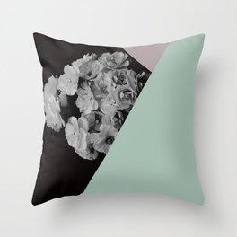 boquet too Throw Pillow