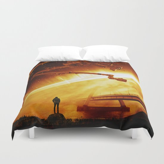 Red Sun Chronicle Duvet Cover