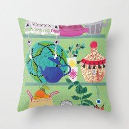 Orientl helf Throw Pillow