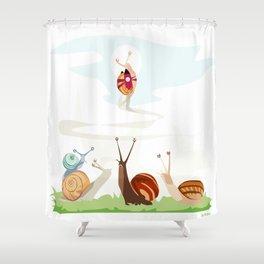 Ole ole caracoles Shower Curtain