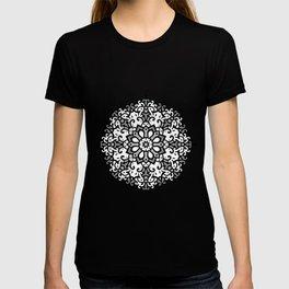 Monochrome classic mandala T-shirt