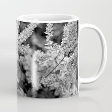 Leaves black n white Mug