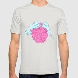 Knitting a brain T-shirt