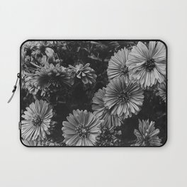 FLOWERS - FLORAL - BLACK AND WHITE Laptop Sleeve