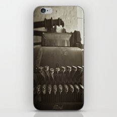 cash is king  iPhone Skin