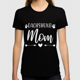 Dachshund Dog Mom With Heart And Paws T-shirt