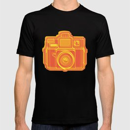 I Still Shoot Film Holga Logo - Yellow & Red T-shirt