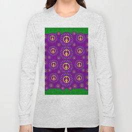 Peace be with us in love and understanding Long Sleeve T-shirt