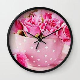 Fabulous Elegant Bouquet Of Pink Roses Decorative Close Up Ultra HD Wall Clock