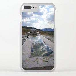 fontana tra le nuvole Clear iPhone Case