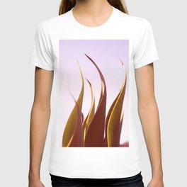 sinuosity T-shirt