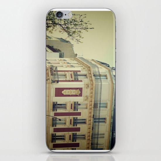La Parisienne iPhone & iPod Skin