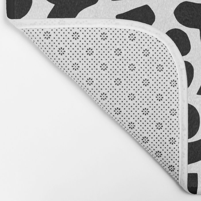 Shapes, Black and White Bath Mat
