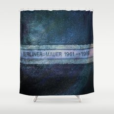 Berliner Mauer Shower Curtain
