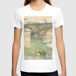 Childe Hassam - Ponte Santa Trinità T-shirt