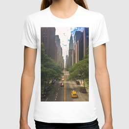 New York City Midtown Manhattan Long Avenue Perspective T-shirt