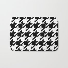 cats-tooth in black and white (houndstooth pattern) Bath Mat