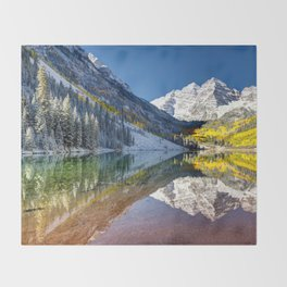 Maroon Bells Colorado Throw Blanket