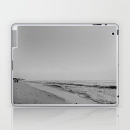 HALF MOON BAY III (B+W) Laptop & iPad Skin