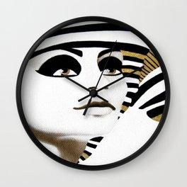 la sfinge cambia look (particolare2) Wall Clock