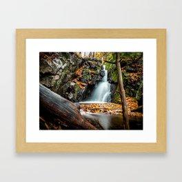 Fall lover - Lac de la Canardière Framed Art Print