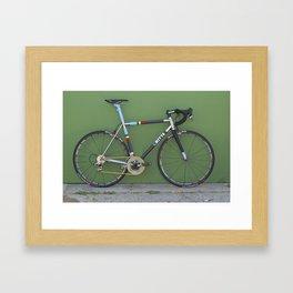 Ritte Muur Framed Art Print
