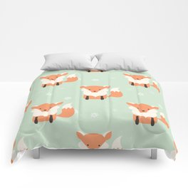 Fox Christmas pattern 001 Comforters