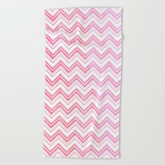 Chevron pattern pink on white Beach Towel
