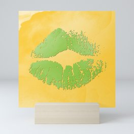 dp048-2 Watercolor kiss Mini Art Print